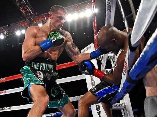 Joe Smith KO's Bernard Hopkins